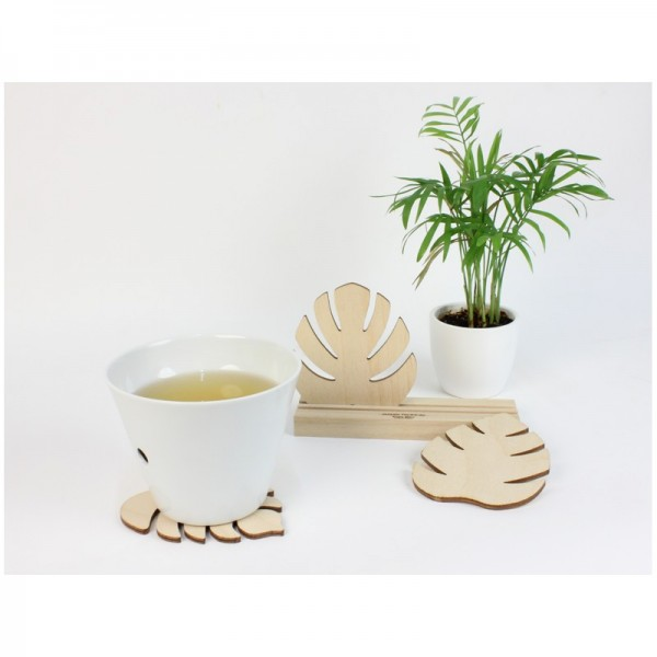 dessous de verre tropiques en bois design by reine m re. Black Bedroom Furniture Sets. Home Design Ideas